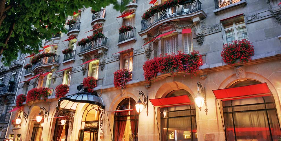The Best Romantic Hotels In Paris Elopements And Small