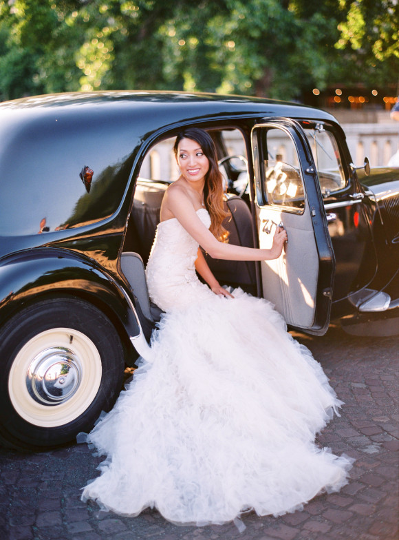 vintage wedding car elope in paris
