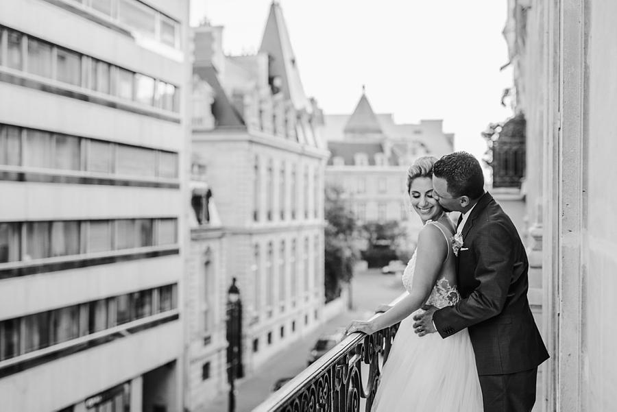 elopeinparis.com Wedding-Photographer-Paris-France_038